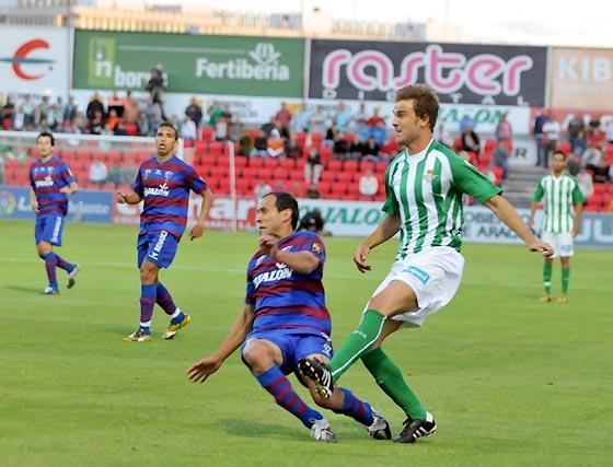Esta jornada visitamos a la S.D Huesca