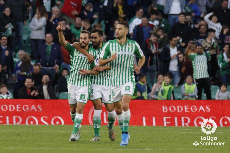 Crónica   Real Betis 2-1 Valencia CF: Rubi vuelve a salvar su 'match ball'