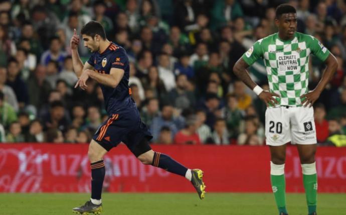 Crónica | Real Betis Balompié 1-Valencia CF 2; Ni está ni se le espera